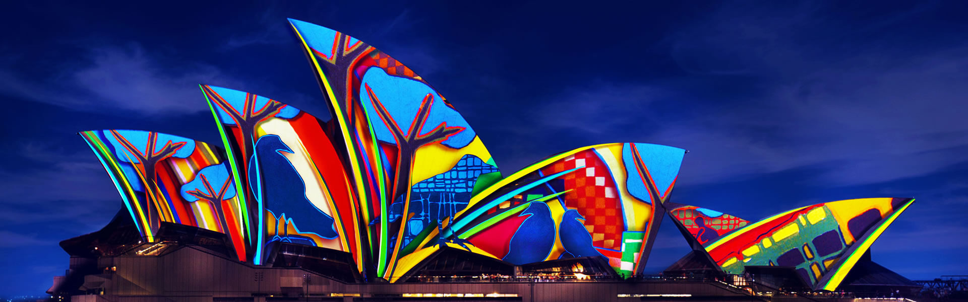 harbour-spirit-vivid-sydney-cruise-opera house