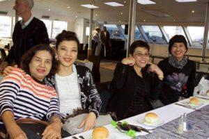 harbour-cruise-ladies
