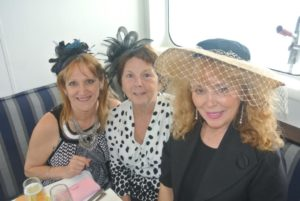 melbourne-cup-cruise-hats