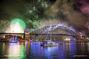nye cruise sydney -fireworks